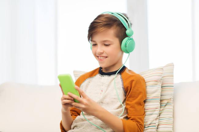 Disco e mp3 «a palla»:| 1 ragazzo su 3 ha problemi di udito